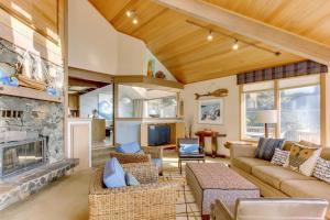Haystack Views Vacation Rental, Holiday homes  Cannon Beach - big - 25