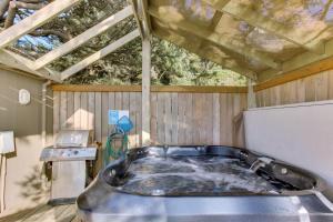 Haystack Views Vacation Rental, Holiday homes  Cannon Beach - big - 28
