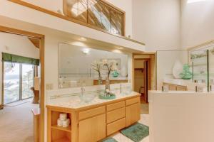 Haystack Views Vacation Rental, Holiday homes  Cannon Beach - big - 33