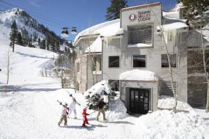 Squaw Valley Lodge - Hotel - Olympic Valley