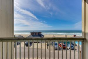 Sandscape & Sunsets, Holiday homes  Lincoln City - big - 5