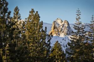 Mammoth Ski & Racquet 124