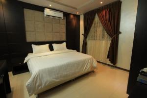 Olaya Suites Furnished Units, Aparthotels  Riyadh - big - 24
