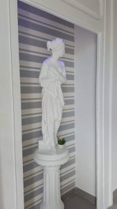 Vesuvius Luxury Suites - AbcAlberghi.com