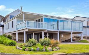 Seagull House - Ocean Views VL..