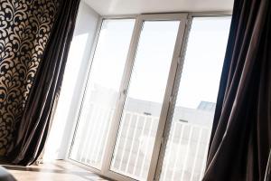 Apartment on Bukhar Zhirau 48, Apartmány  Karaganda - big - 25