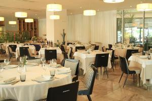 Best Western Premier Ark Hotel, Отели  Ринас - big - 61