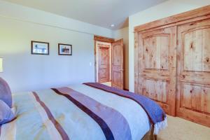 Highlands Escape, Дома для отпуска  Брекенридж - big - 64