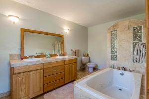 Smith Rock Casa, Ferienhäuser  Crooked River Ranch - big - 17