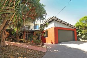 252 David Low Way Peregian Beach, FREE WiFi, Pet Friendly, 500 bond, Linen Included