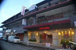 . Maya Hotel