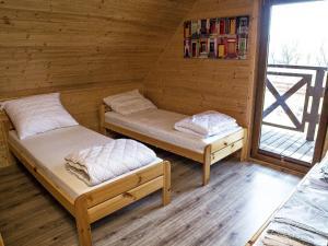 Uroczy dom z widok na jezioro tylko 1000 m od morza Idealny dla 9 osób