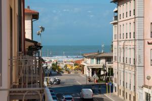 Attico con 2 camere in Via Vespucci - AbcAlberghi.com