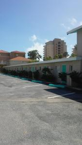 South Beach Inn Beach Motel, Motels  South Padre Island - big - 85