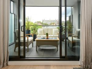 Boutique Stays - The Lincoln, South Yarra Apartment - Toorak