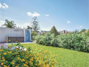 Villa Le Coccinelle, Holiday homes  Campofelice di Roccella - big - 19