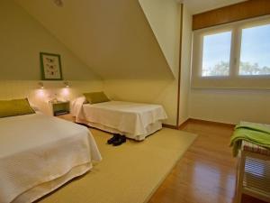 Apartment Ático en isla de la Toja, Апартаменты  Исла-де-Ла-Тоя - big - 18