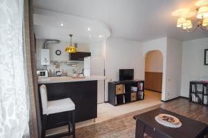 Nine Nights Apartments on Kuznetsova 57, Ferienwohnungen  Iwanowo - big - 5