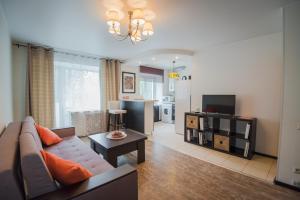 Nine Nights Apartments on Kuznetsova 57, Ferienwohnungen - Iwanowo