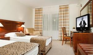Hotel Cateski Dvorec - Zgornja Ribnica