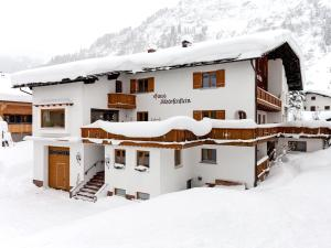 Accommodation in Lech