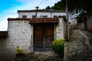Ilia Guest House - Velabishti