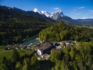 Riessersee Hotel, Hotels  Garmisch-Partenkirchen - big - 1