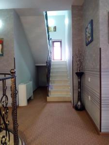 Hotel Salmer, Bed and breakfasts  Tbilisi City - big - 85