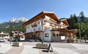 Park Hotel Avisio - AbcAlberghi.com