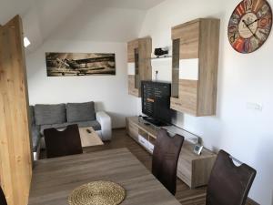Apartments Avio - Zgornji Brnik