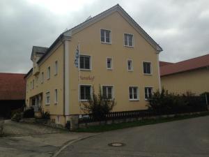 Jurahof Wuermser - Denkendorf