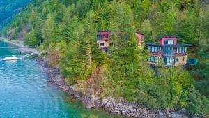 The Lodge on Harrison Lake - Hotel - Harrison Hot Springs