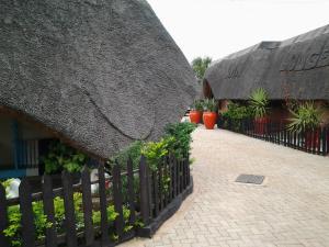 Keeme-Nao Hotel, Hotel  Mahalapye - big - 35