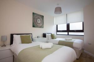 Castle Point Apartments - Dibden