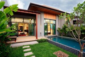 Two Villas Holiday Phuket: Onyx Style Nai Harn Beach - Nai Harn Beach