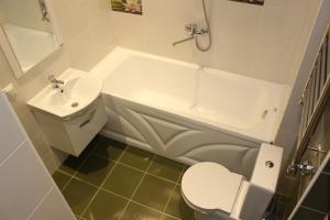 Apartment Dream Island, Ferienwohnungen  Sotschi - big - 4