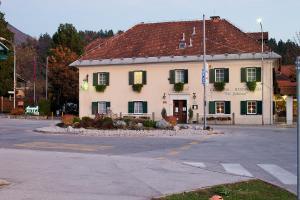 Hostales Baratos - Guesthouse Avsenik