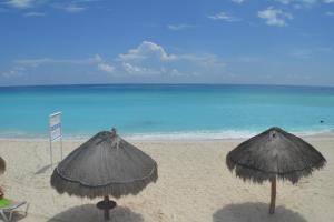 Brisas 10 Beachside Suites, Appartamenti  Cancún - big - 56