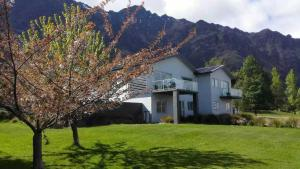 Queenstown Lakeside Holiday Home - Hotel - Queenstown