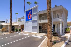 Motel 6-Scottsdale, AZ