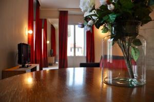 SAN DOMENICO-RAFFAELLO real estate - AbcAlberghi.com