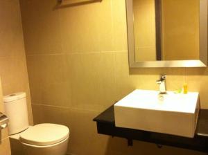 Benua Hotel, Hotely  Kendari - big - 43