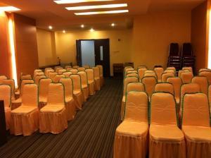 Benua Hotel, Hotely  Kendari - big - 24