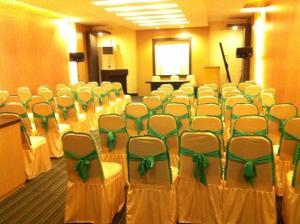 Benua Hotel, Hotely  Kendari - big - 28