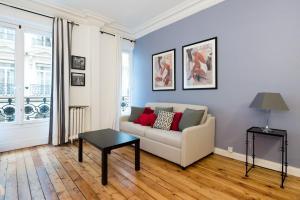 Balzac Apartment - Paris