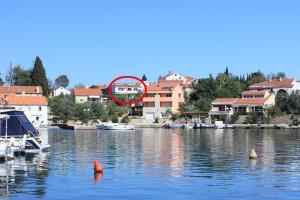 Apartments by the sea Lukoran Ugljan 8475