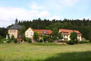 Jagdhof Klein Heilig Kreuz - Bad Salzschlirf