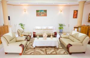 Mountain's View Hotel, Отели типа «постель и завтрак»  Bujumbura - big - 35