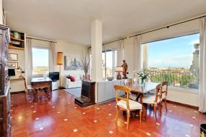 Sant'Onofrio Terrace Apartment - abcRoma.com