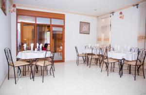 Mountain's View Hotel, Отели типа «постель и завтрак»  Bujumbura - big - 23